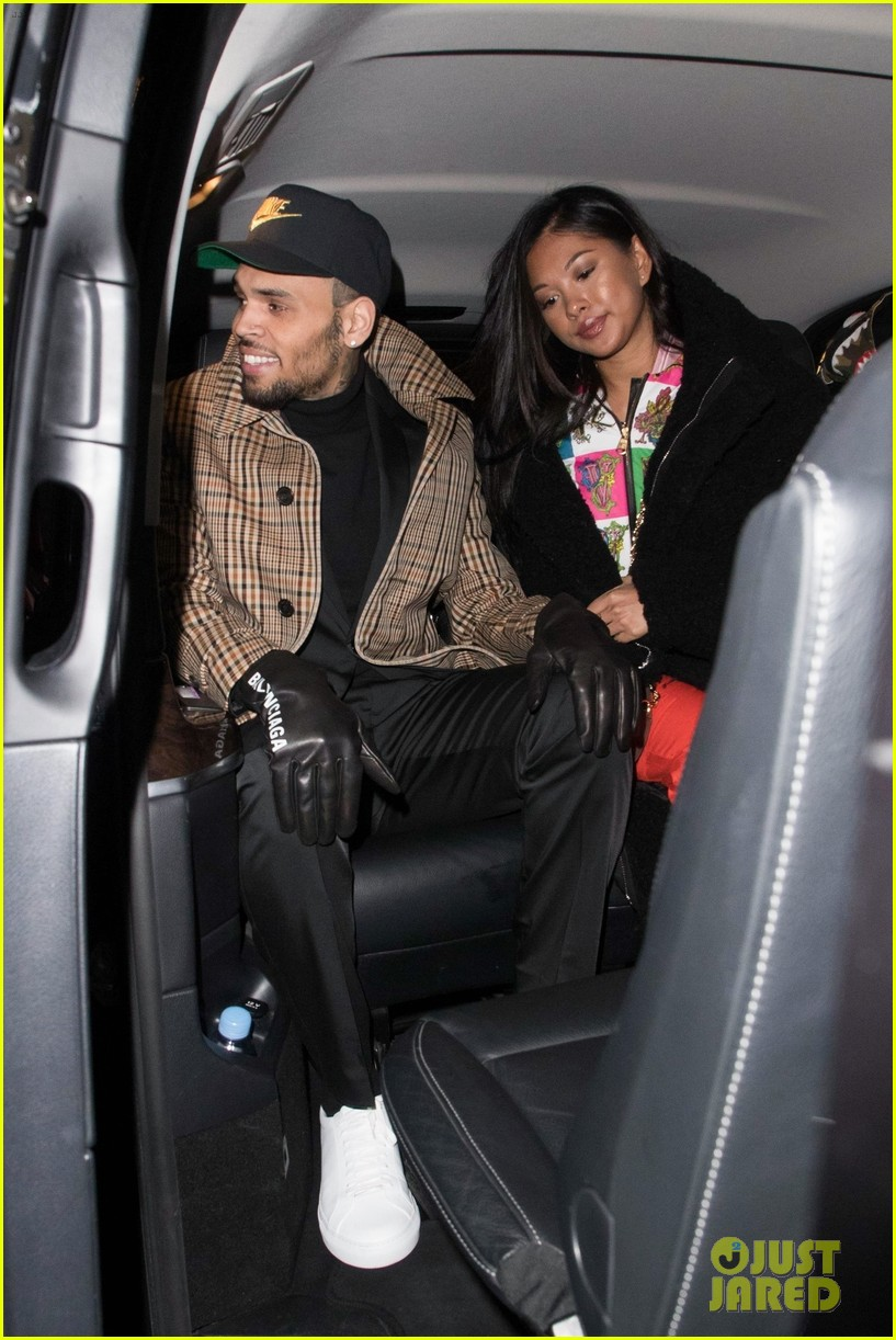 chris brown expecting a baby with ammika harris 014309998