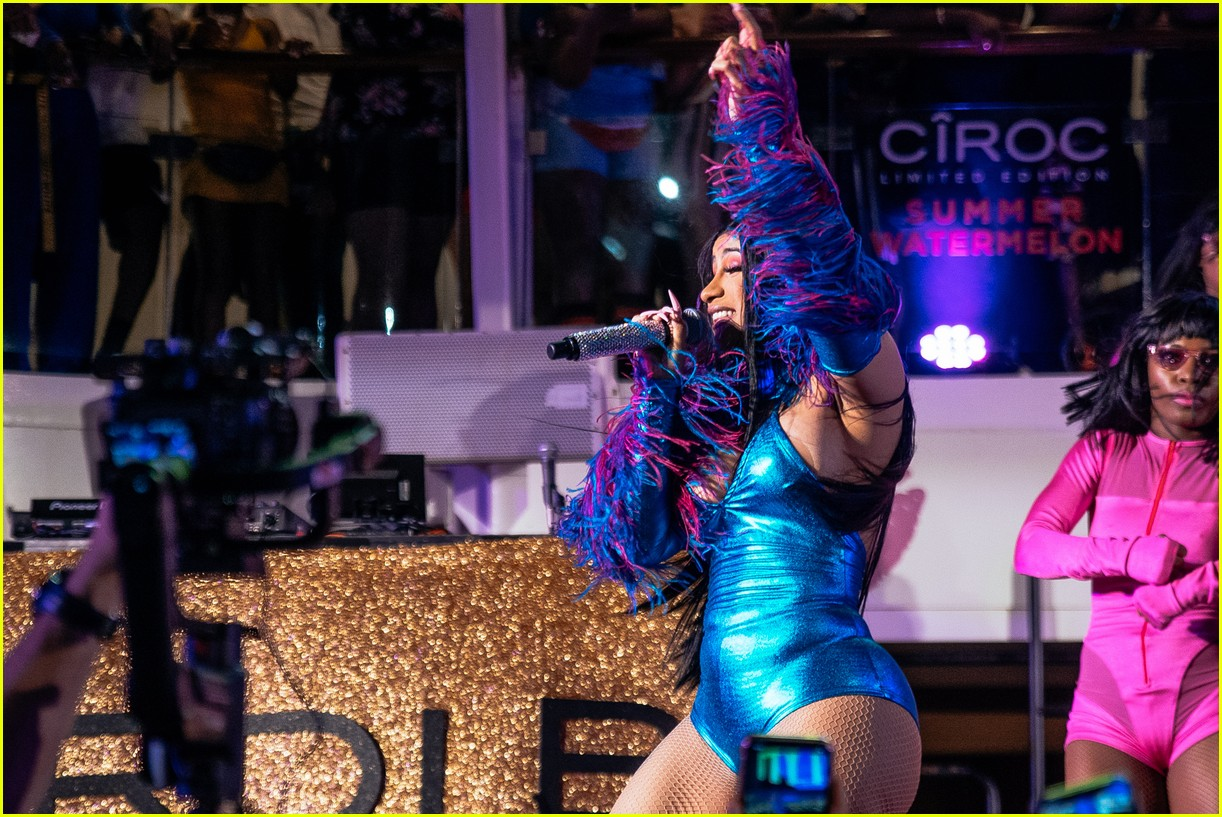 cardi b performs on cruise ship 13