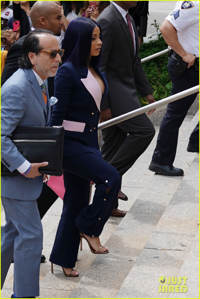 cardi b pleads not guilty to assault charges 03
