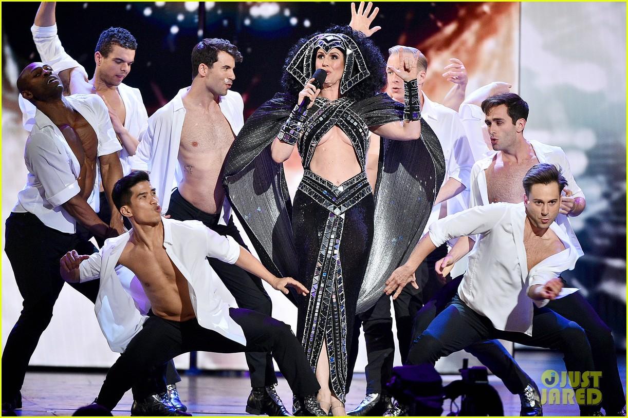 Stephanie J. Block Performs Cher's 'Believe' At Tony