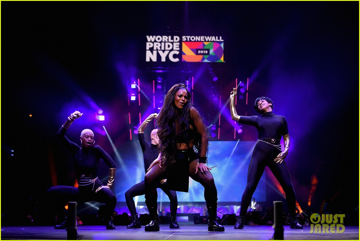ciara billy porter laverne cox celebrate worldpride nyc 2019 opening ceremony 08