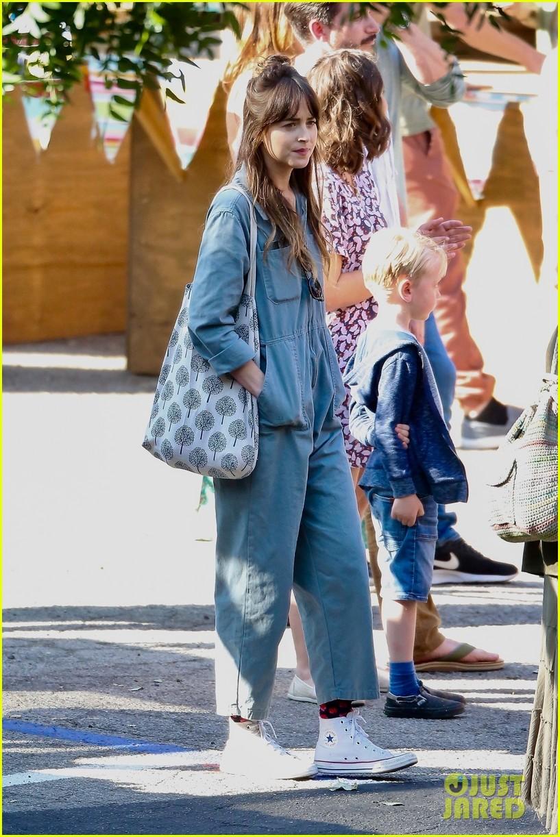 Dakota Johnson Continues Filming 'Covers' Amid Chris ...