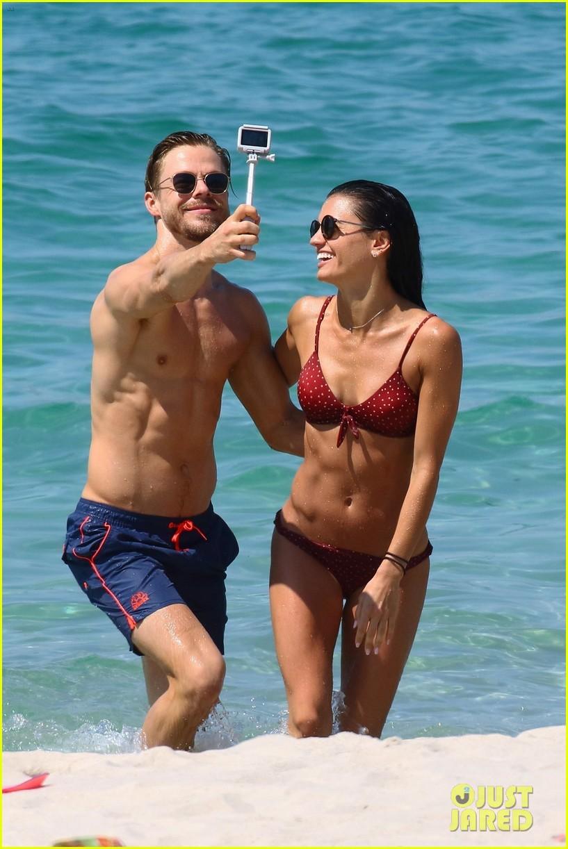 shirtless derek hough hits the beach with girlfriend hayley erbert 06