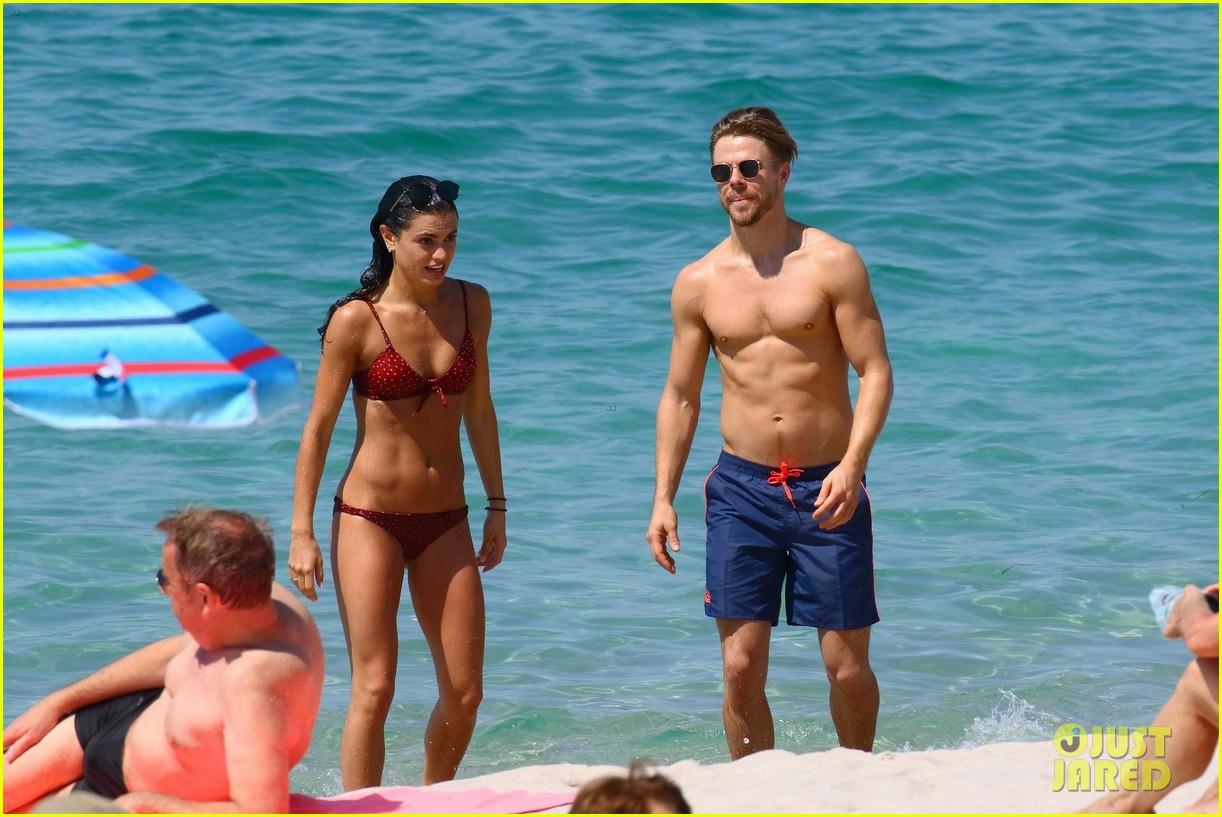 shirtless derek hough hits the beach with girlfriend hayley erbert 454312805