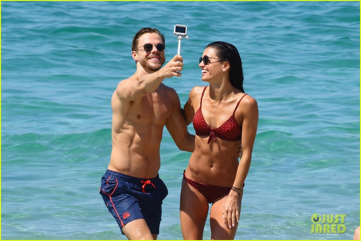 shirtless derek hough hits the beach with girlfriend hayley erbert 624312822