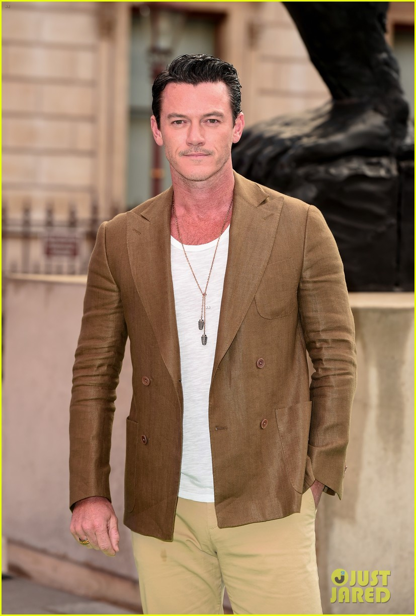 luke evans gugu mbatha raw more step out for royal academy of arts summer exhibition party 044303647