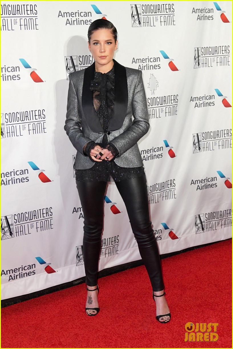 halsey joins queen latifah songwriters hall of fame induction 024309710