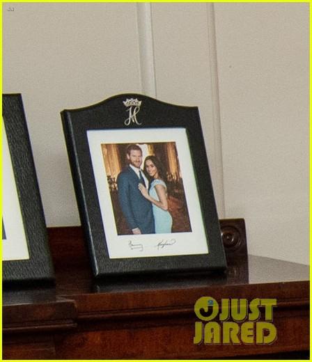 prince harry meghan markle photo on display 034307839