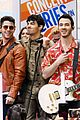 jonas brothers today show concert pics 01