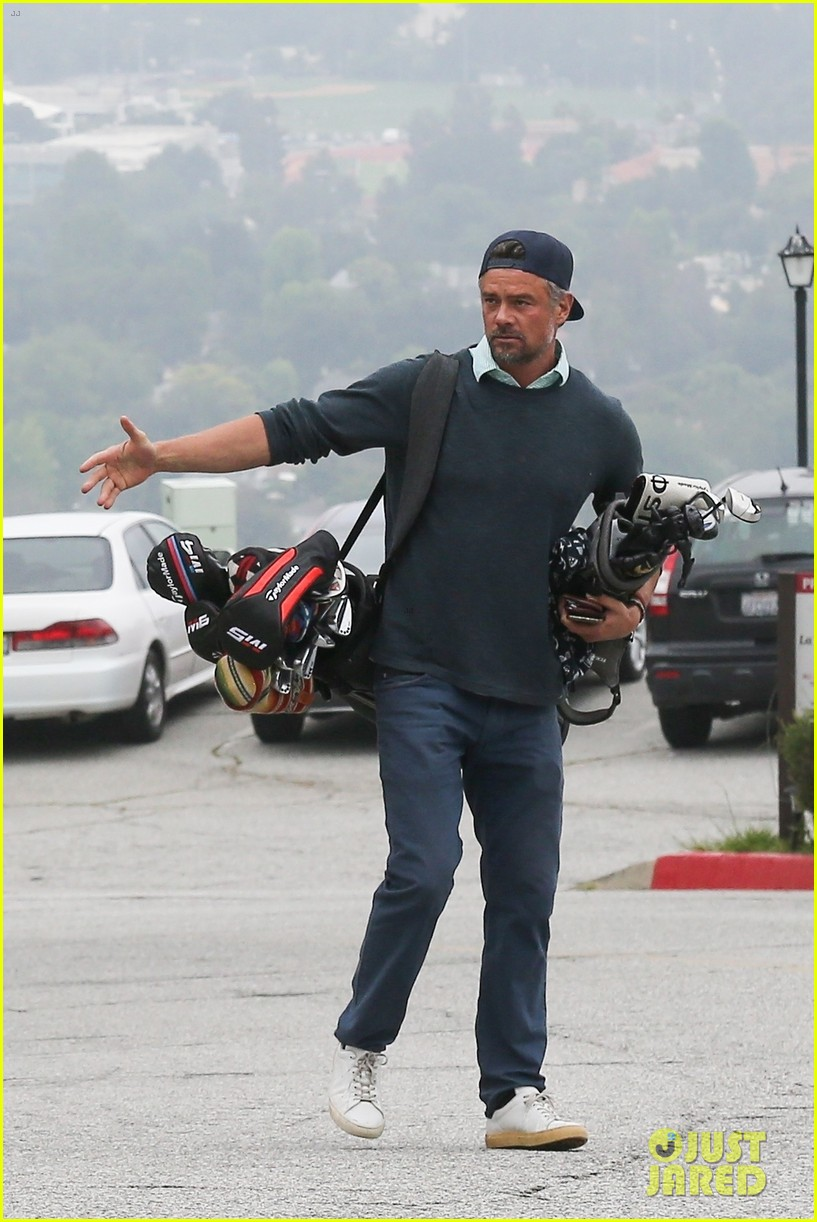josh duhamel hits the golf course in los angeles 014301725