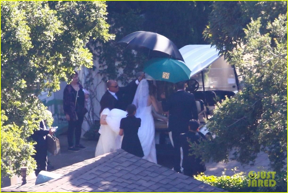 katherine schwarzenegger wedding dress chris pratt 05