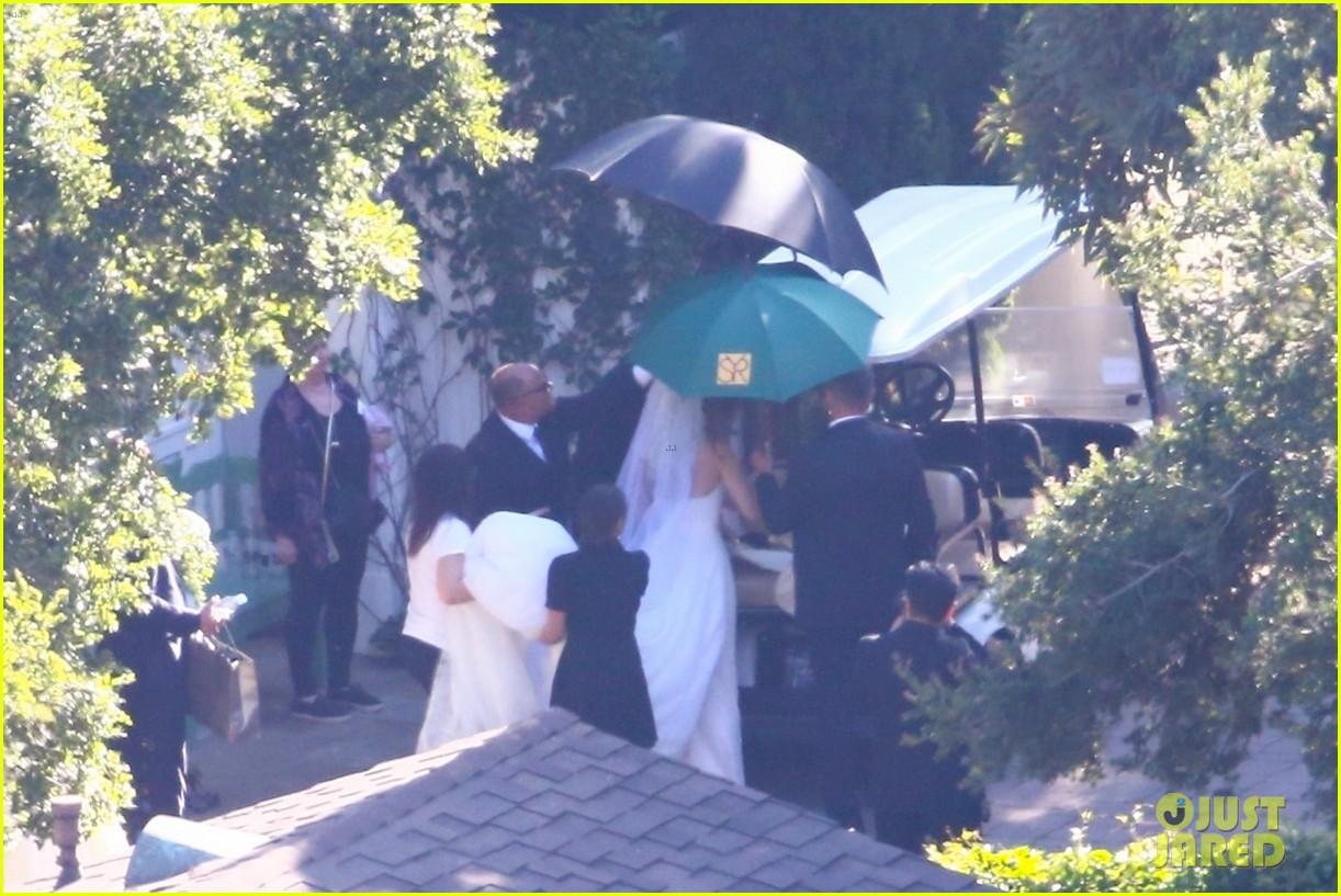 katherine schwarzenegger wedding dress chris pratt 15