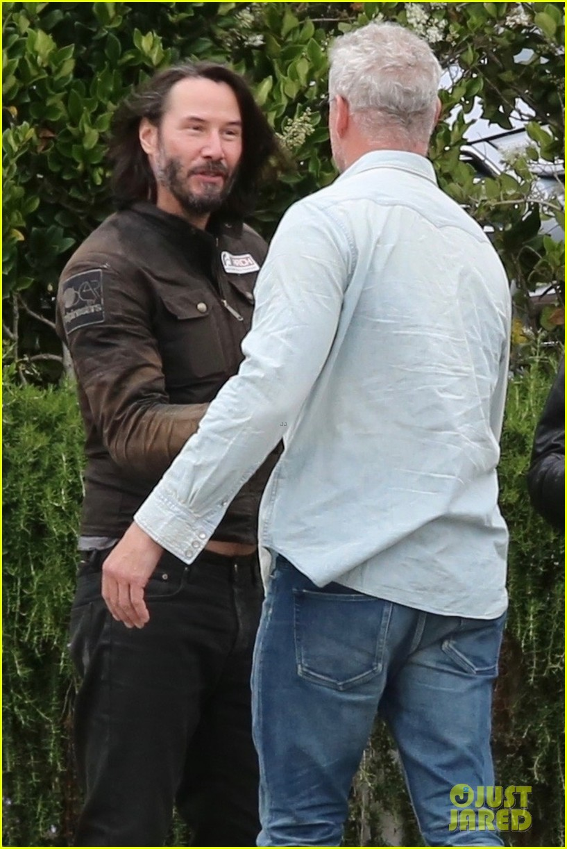 keanu reeves runs into eric dane 024308857