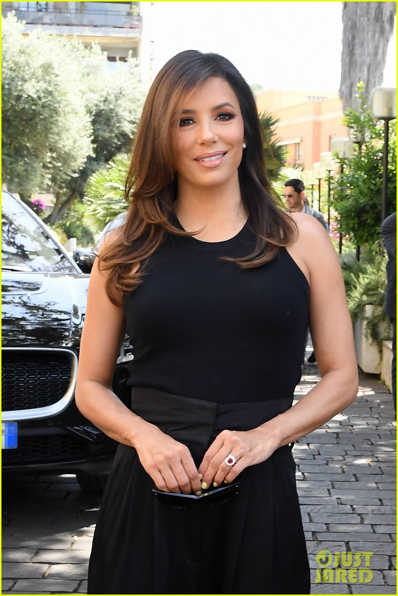 eva longoria dons chic black ensemble at filming italy sardegna festival 234309378