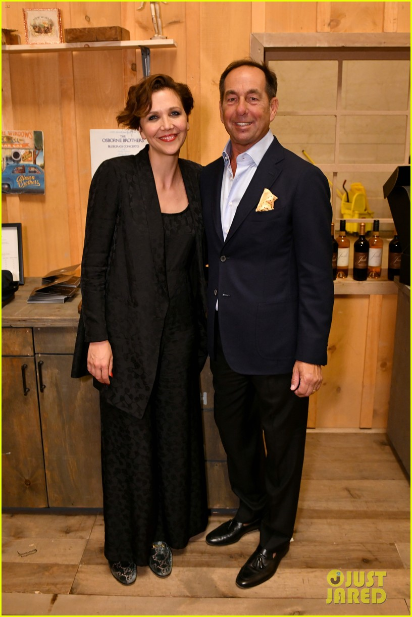 maggie gyllenhaal steps out for josh cellars fathers day event 034308377
