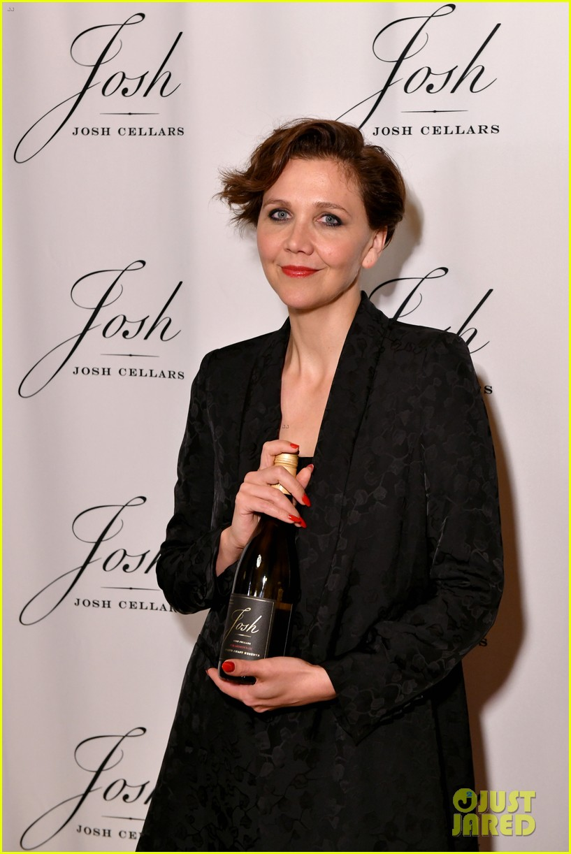 maggie gyllenhaal steps out for josh cellars fathers day event 044308378