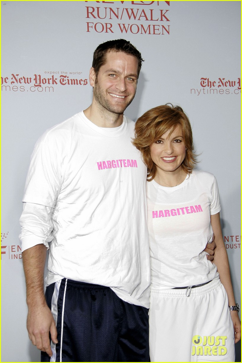mariska hargitay peter hermann photos 034308669
