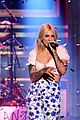 julia michaels performs hurt again for first time on the tonight show 02