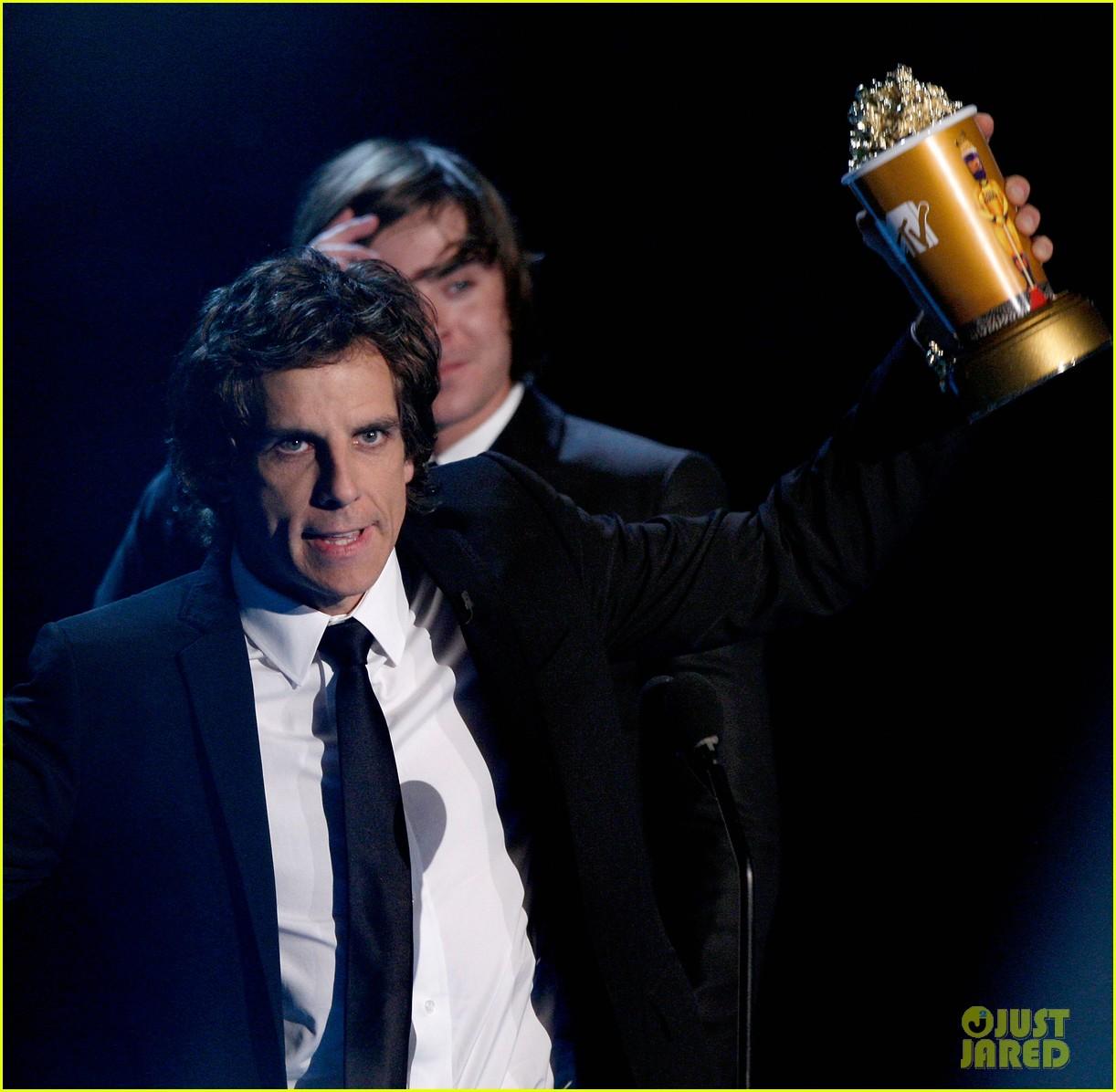 look back mtv movie awards 2009 504310681