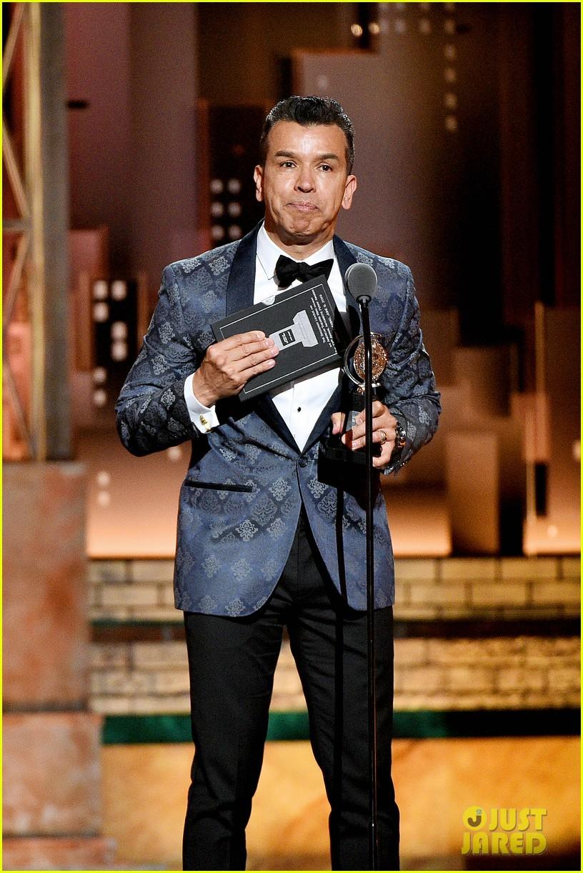 aint too proud broadway tony awards 2019 044306518