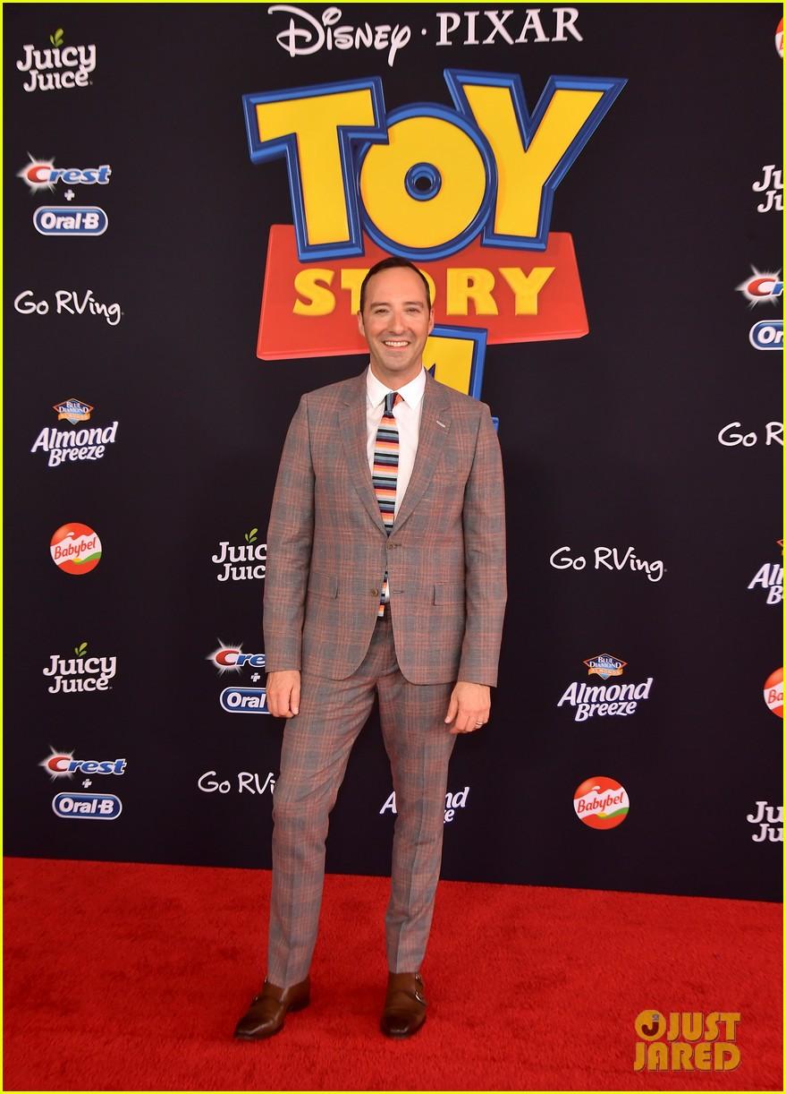 keanu reeves tom hanks toy story 4 premiere 15
