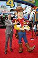 keanu reeves tom hanks toy story 4 premiere 09
