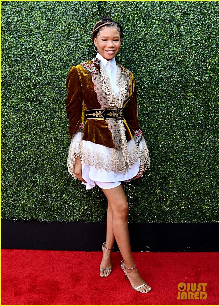 storm reid flashes a smile mtv movie tv awards 054310583