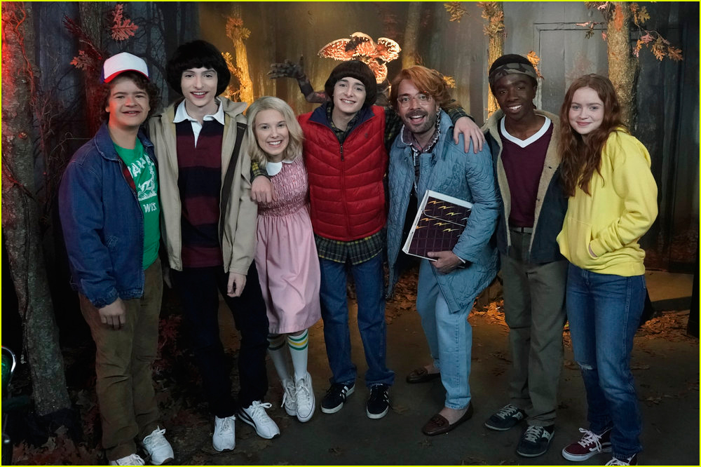 stranger things cast surprise fans at madame tussaud4315280
