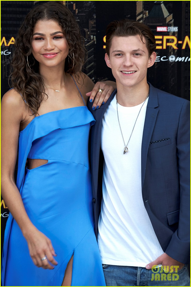 Tom Holland Insists He's Not Dating 'Spider-Man' Co-Star ...