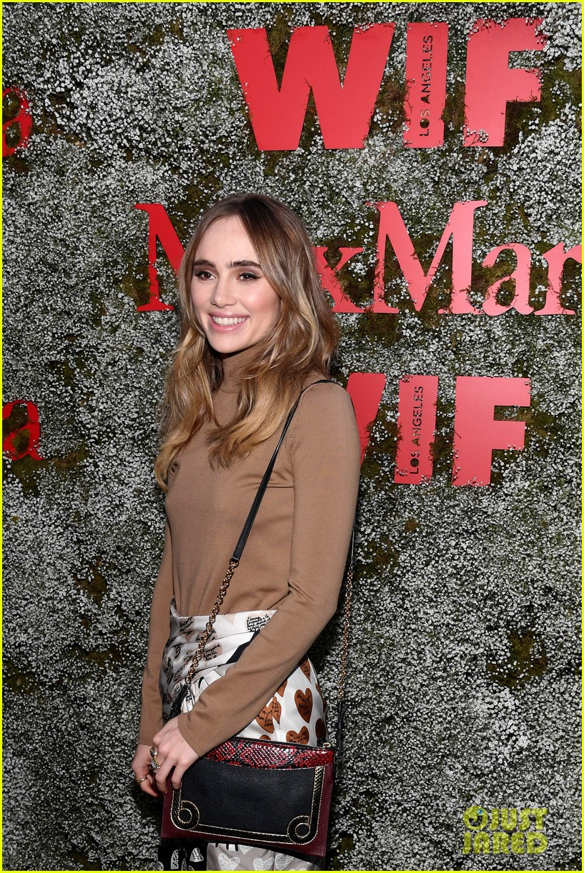 suki waterhouse lucy hale camila mendes face of the future 204308404