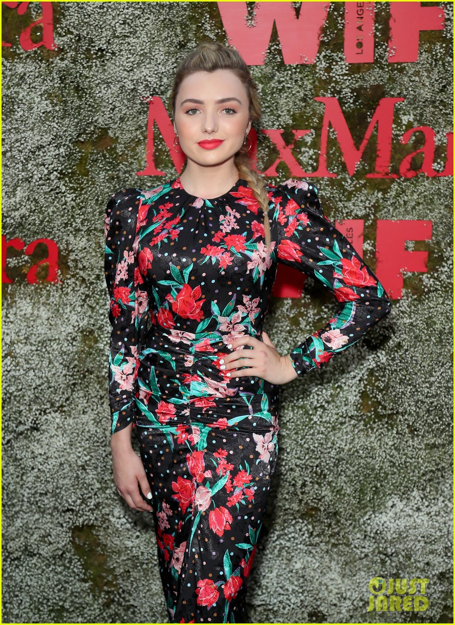 suki waterhouse lucy hale camila mendes face of the future 264308410