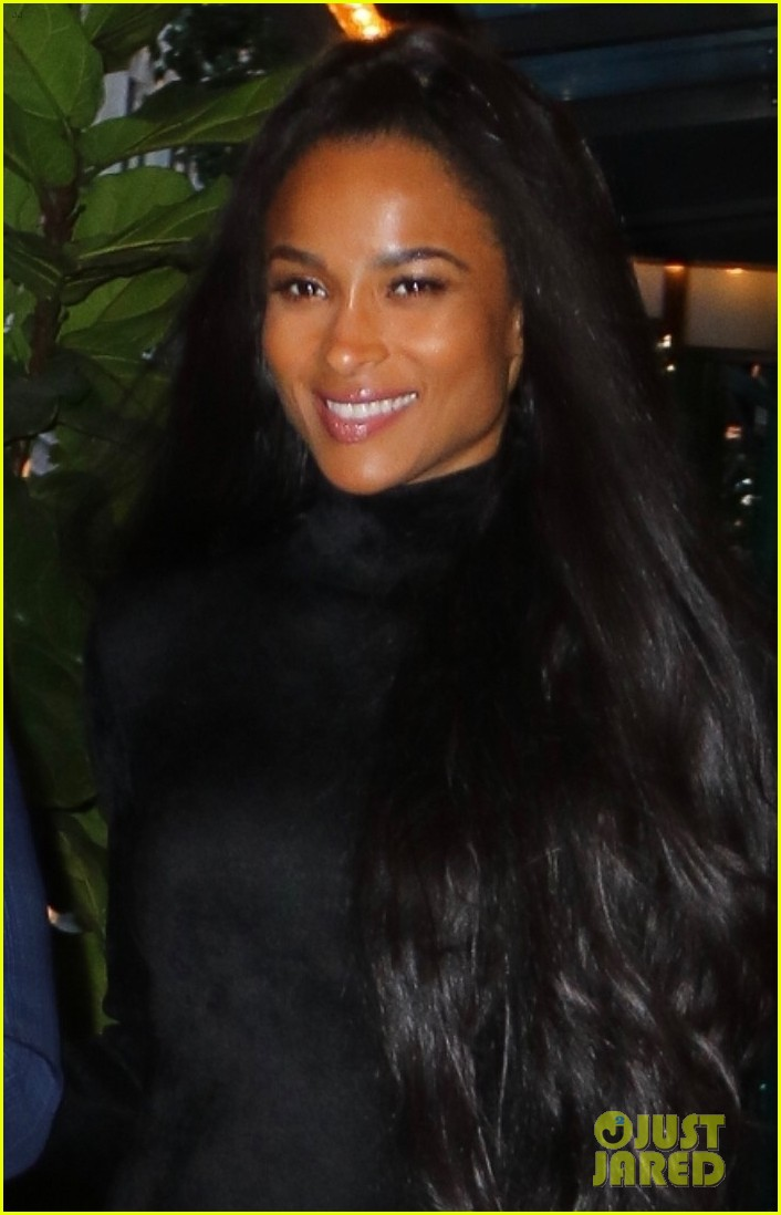 ciara russell wilson step out in style for dinner in nyc 04