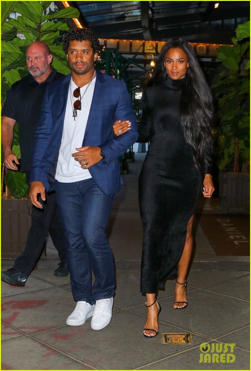 ciara russell wilson step out in style for dinner in nyc 08
