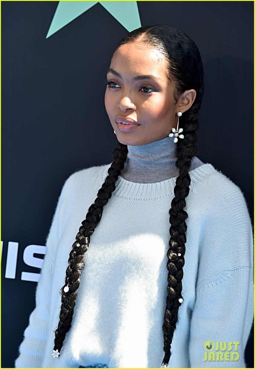 yara shahidi joins black ish fam at bet awards 2019 184313087