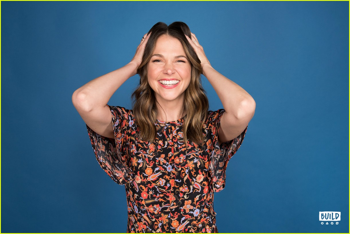 sutton foster younger cast at build series 024308915