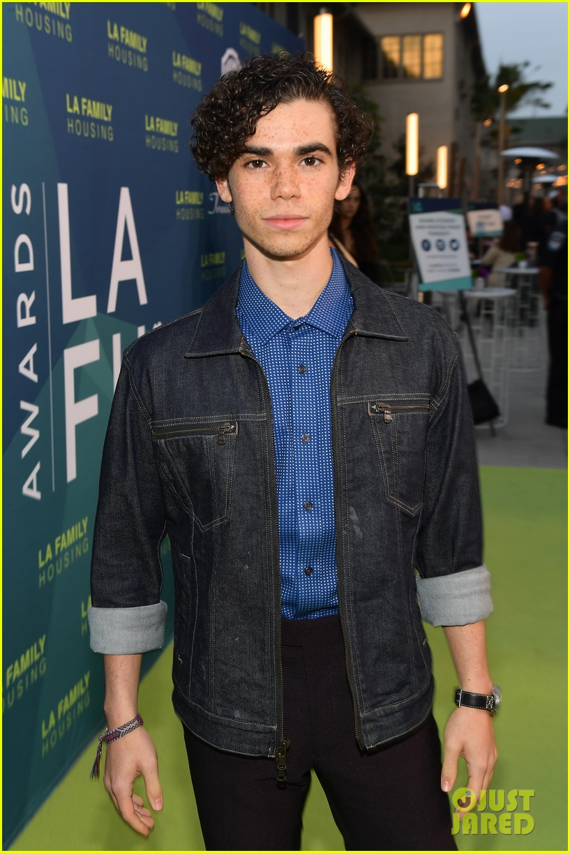 cameron boyce dies at 20 034320528