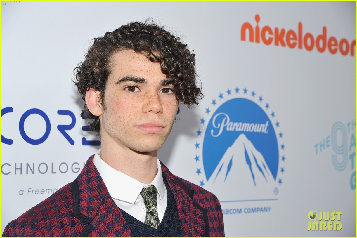 cameron boyce dies at 20 214320546