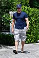 matt damon spends the day hanging out with ben affleck 01