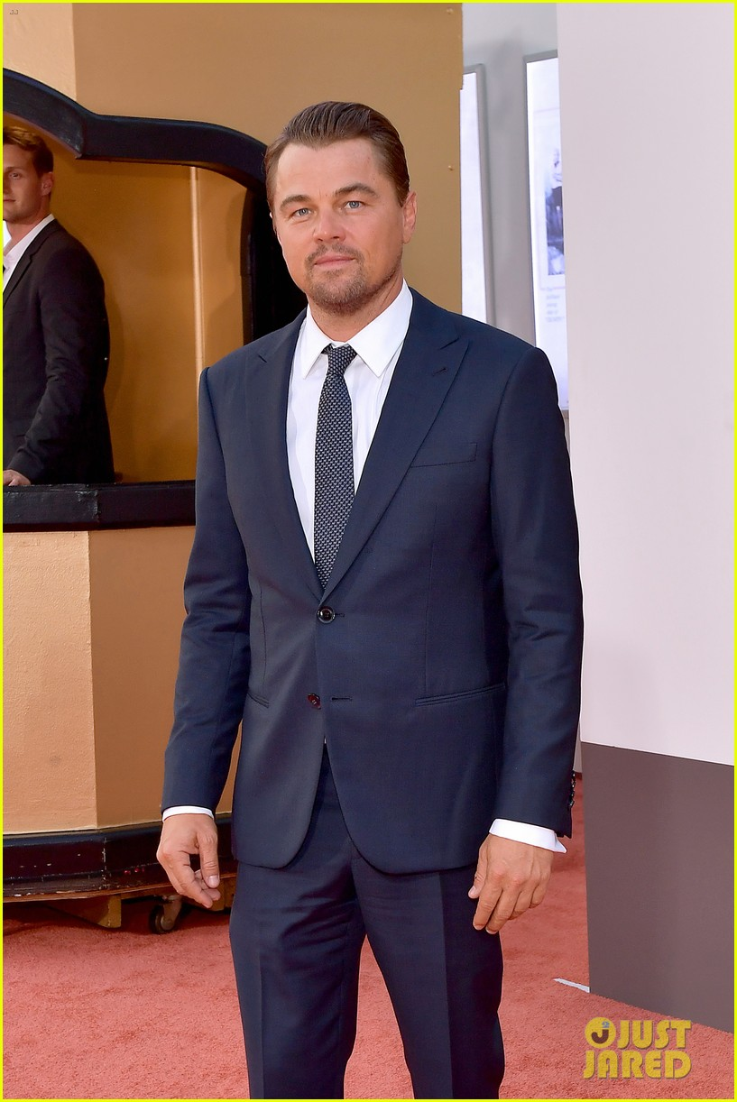 leonardo dicaprio brad pitt suit up once upon time hollywood premiere 15
