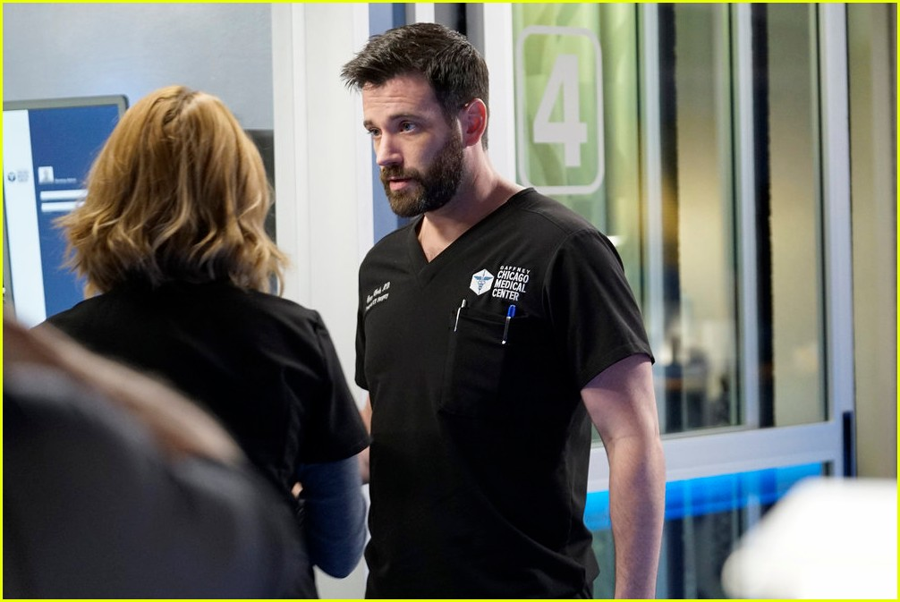 colin donnell one more chicago med episode 144319452