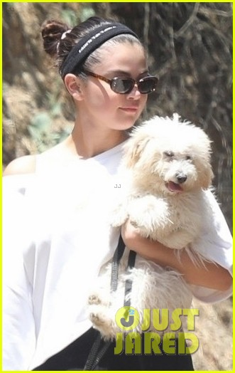 selena gomez goes for a hike with new puppy friends 02