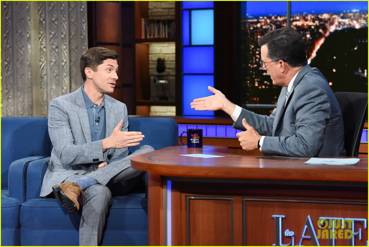 stephen colbert calls out topher grace for cutting him out of his the hobbit re edit 034323566