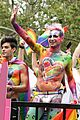 frankie grande kisses hale leon world pride parade 01