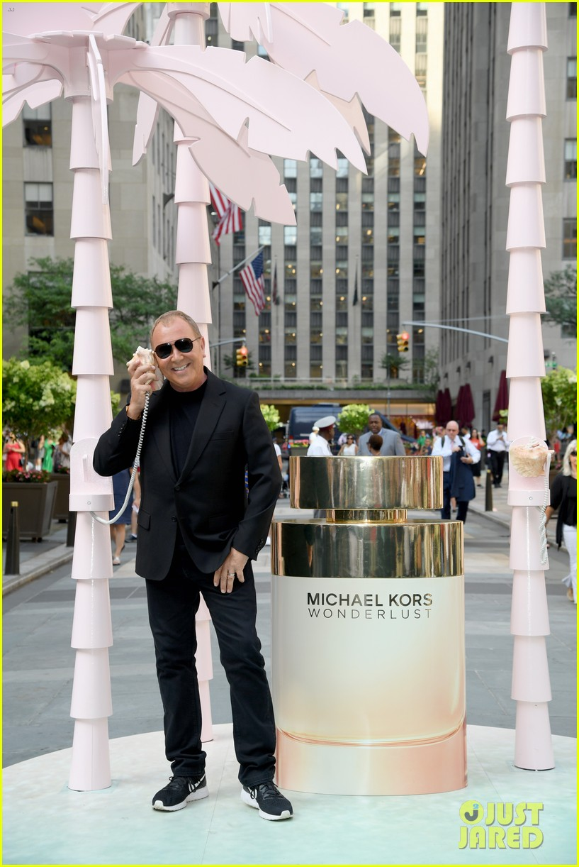 gigi hadid attends launch party michael kors wonderlust fragrance 084322627