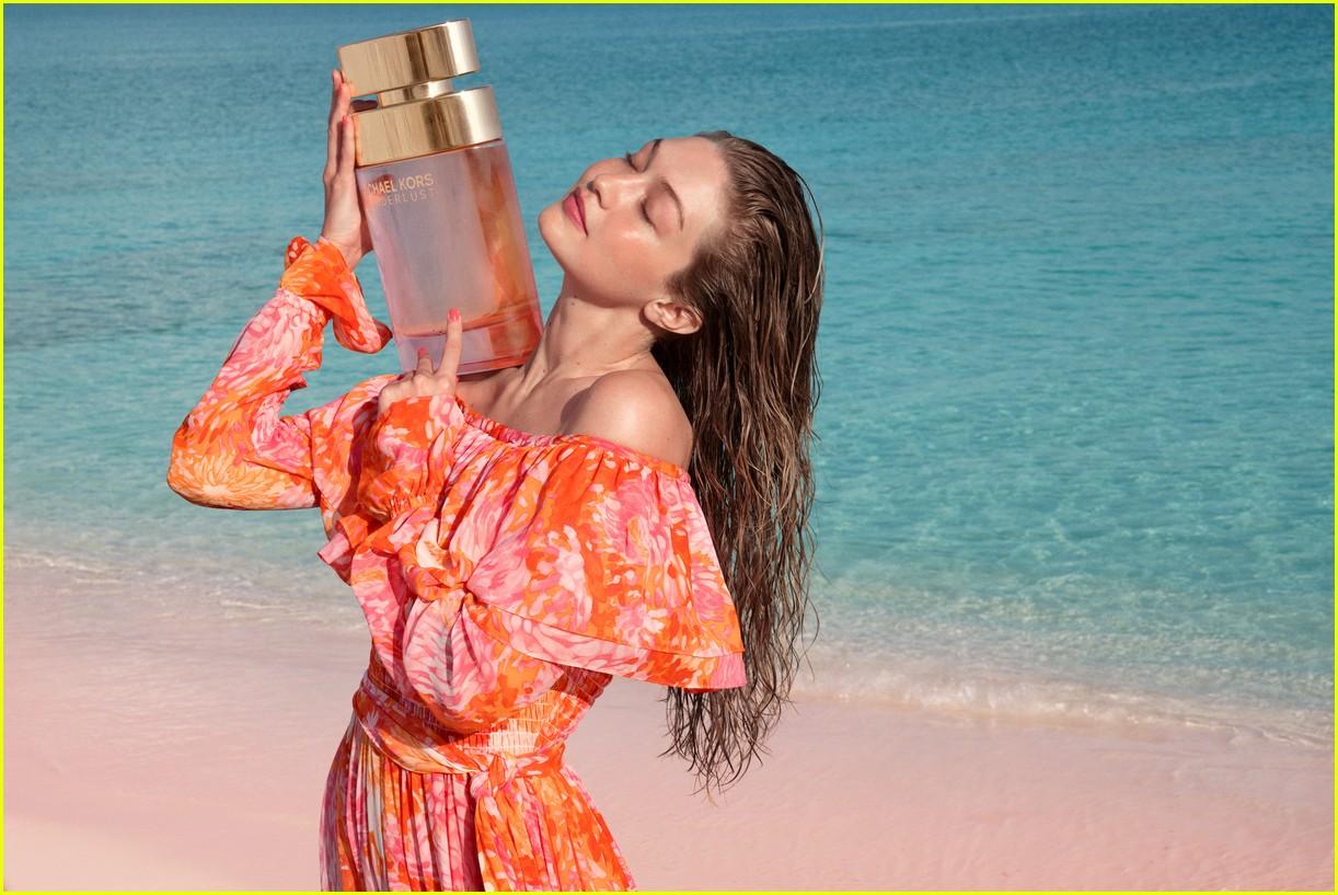 gigi hadid is the new face of michael kors wonderlust perfume 034322641