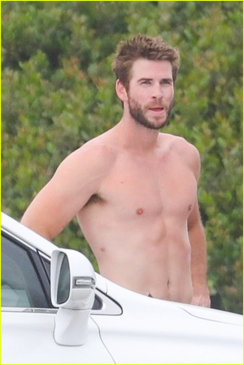 liam hemsworth shirtless july 4th surf session 014318329