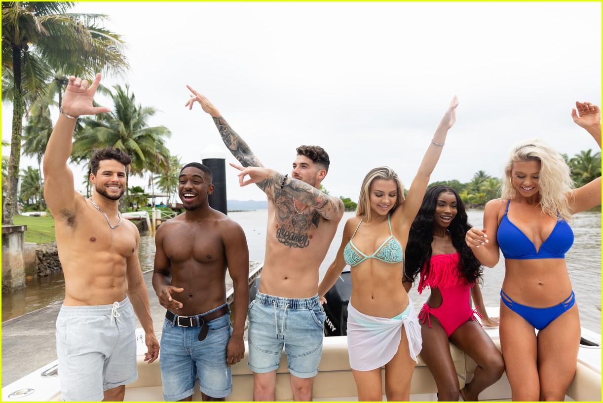 love island new contestants exclusive  044324934