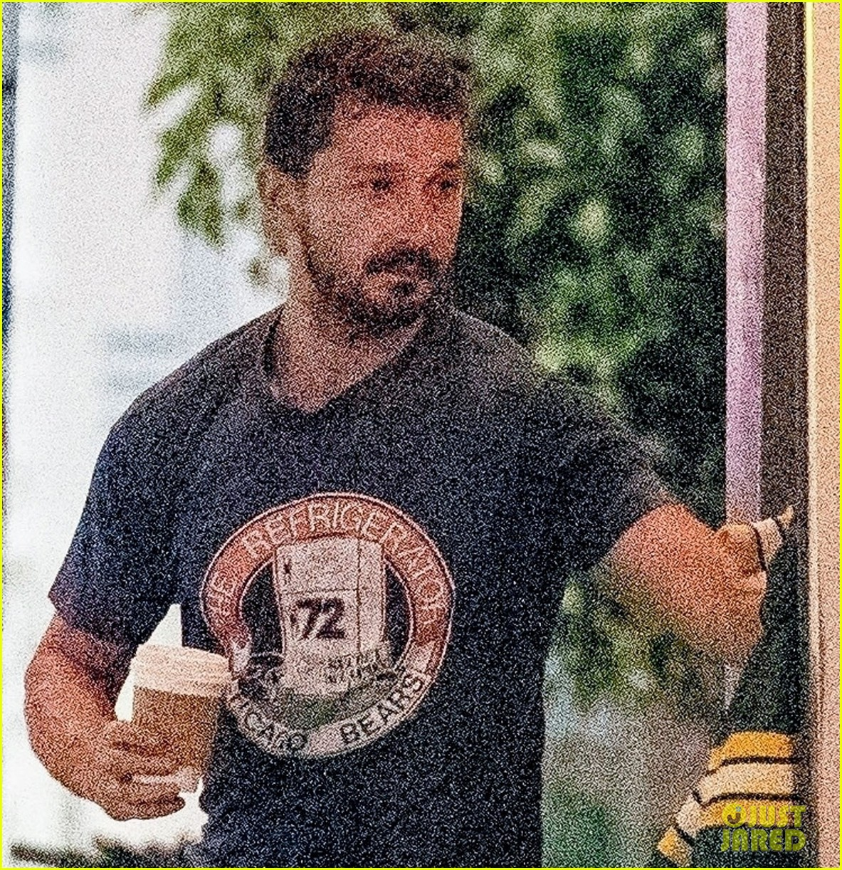 shia labeouf visits swingers diner in weho with a friend 024322322