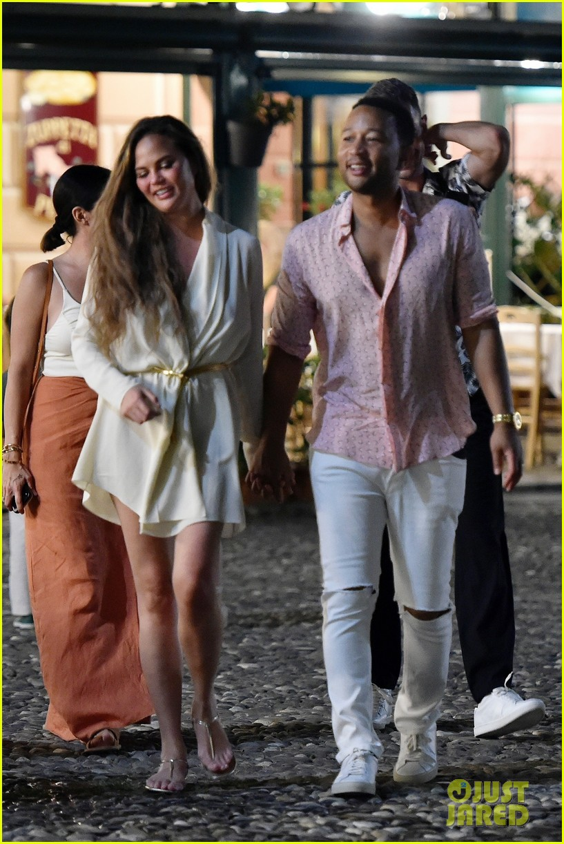 john legend chrissy teigen treat themselves to date night in italy 024317846