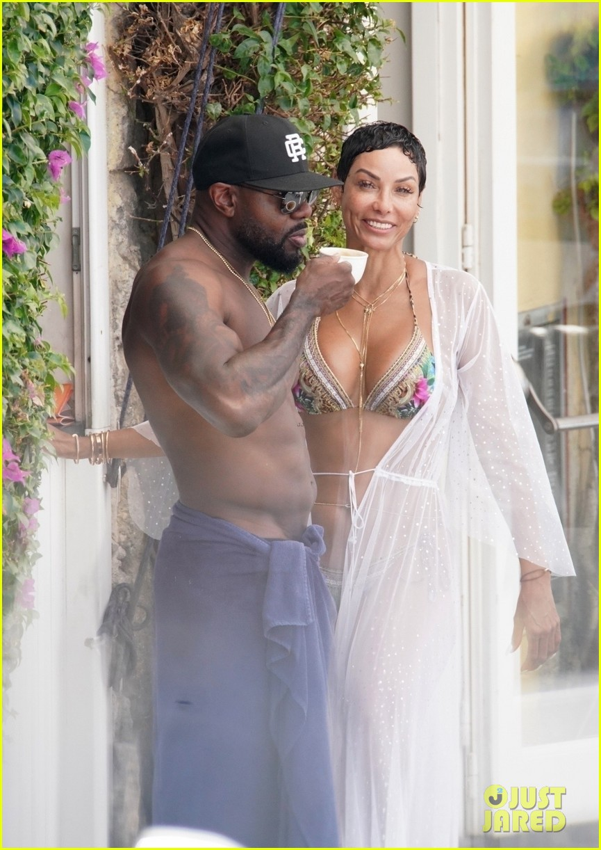 nicole murphy antoine fuqua kiss by the pool 084325445